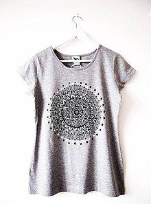 Tričká - Sivé tričko s čiernobielou mandalou - M - 9426242_