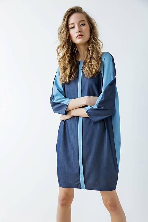 Modré šaty Geometric - sleva 25 EUR!