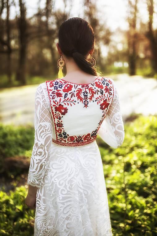 Vyšívaná vesta Slavianka