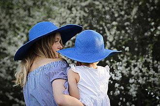 Čiapky - Letný klobúk modrej farby - 9427176_