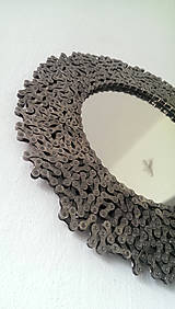 Zrkadlá - Okrúhle striebristé zrkadielko z bicyklovej reťaze - 9427926_
