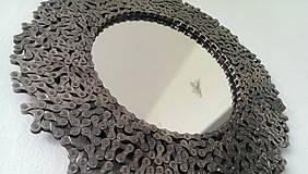 Zrkadlá - Okrúhle striebristé zrkadielko z bicyklovej reťaze - 9427927_