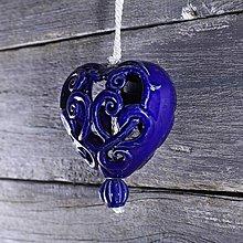 Dekorácie - Vyřezávané srdce kobalt - 9425584_