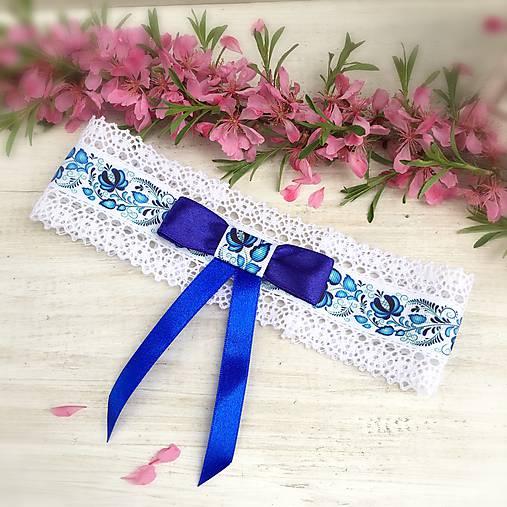 Najpredávanejší svadobný podväzok Folk modrá mašľa