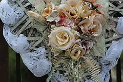 Dekorácie - Srdiečko na svadbu - 9430850_
