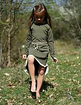 Detské oblečenie - TEPLÁKOVÉ ŠATY s dlhým rukávom, khaki - 9429227_
