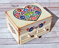 Krabičky - Šperkovnica Folkové srdce - 9430609_
