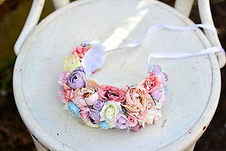 Ozdoby do vlasov - Bohatá svadobná čelenka z kvetín - 9432711_