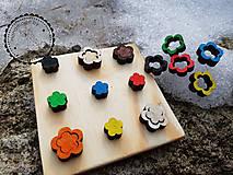 Hračky - lúka plná kvietkov - 9432588_