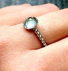 Prstene - Simple Moonstone Ring / Prsteň s prírodným mesačným kameňom /0289 - 9433984_
