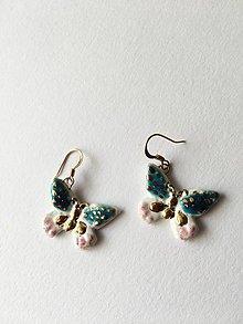 Náušnice - farebné motýliky/keramika/ - 9434733_