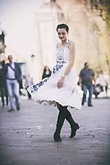 Šaty - Biele šaty s opaskom Slavianka - 9436354_