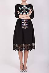 Šaty - Čierne vyšívané šaty - 9436427_