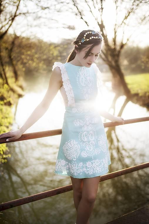 Tyrkysové ľanové krátke šaty