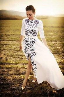 Šaty - Bielomodré vyšívané šaty Slavianka - 9436008_
