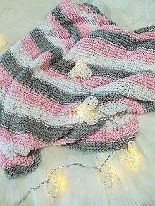 Textil - Pletená deka pre dievčatko - 9433948_