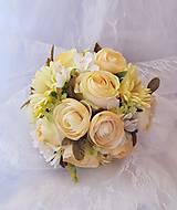 svadobná kytica v pastelových farbách, krémová....