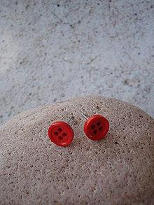 Náušnice - Puzetky - svet je červená gombička - 9438384_