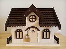 Krabičky - Drevený domček - pokladnička typ C - 9439408_
