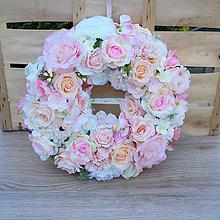 Dekorácie - Veľký ružový pastelový veniec na dvere - 9442227_