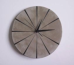 Hodiny - Ručne vyrobené nástenné hodiny – Black concrete - 9442054_