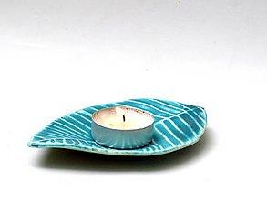 Svietidlá a sviečky - svietnik list - 9440186_