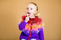 Detské oblečenie - Veselý, chlpatý, pásikavý, farebný svetrík pre dievčatko - 9442377_