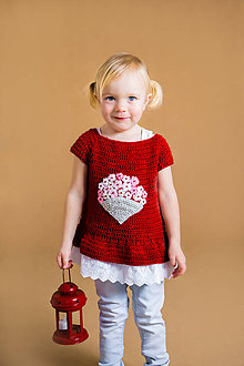 Detské oblečenie - Svetrík s volánikom, kvietkami a korálkami - 9442371_