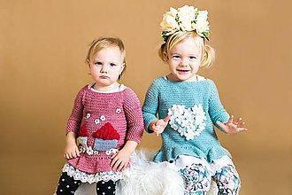 Detské oblečenie - Háčkovaný svetrík domčekový s volánikom - 9442432_