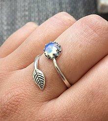 Prstene - Simple Leaf Silver Gemstone Ring Ag925 / Strieborný prsteň s minerálom #0436 (Opalite / Opalit) - 9443060_