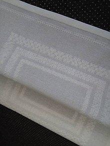Úžitkový textil - Každý deň nedeľa (ručne vyšívaný stredový obrus) - 9443738_