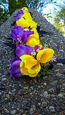 Náramky - kvetinový náramok na ruku - 9443726_