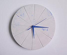 Hodiny - Ručne vyrobené nástenné hodiny – Pure blue marble - 9444314_