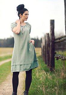 Šaty - Zelenkavé fáčové s křížky - 9443138_