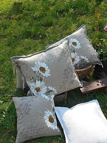 Úžitkový textil - Margarétky a bylinky - ľanový vankúš - 9446763_