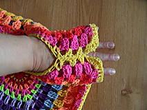 Detské oblečenie - žiarivofarebná ľahká vestička - 9446115_