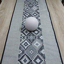 Úžitkový textil - Indiánsky vzor šedý(2) - stredový obrus - 9447394_