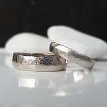 Prstene - Satin & hammer white (široká varianta) - 9450588_