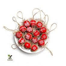 Dekorácie - Oriešky ČIČMANY (červené) - 9448571_
