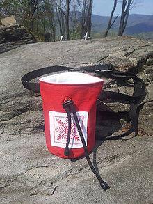 Iné tašky - Červené vrecko na madžo s výšivkou - 9450561_