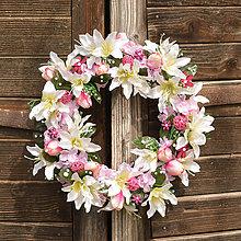 Dekorácie - Jarný veniec na dvere - 9449429_