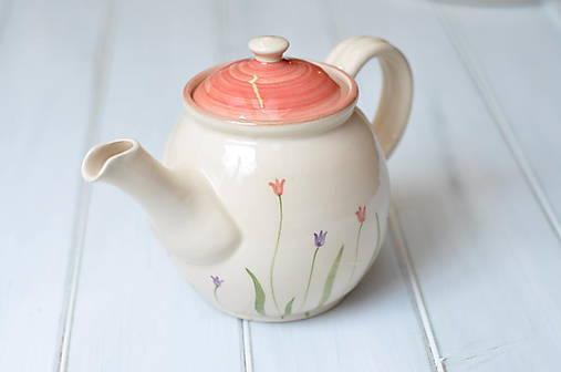 Čajník- Tulipány