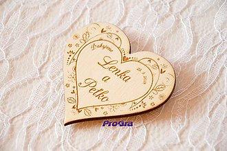 Magnetky - Drevená magnetka - Na Lúke - svadobná (Materiál: Topoľ) - 9447945_