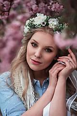 Ozdoby do vlasov - Romantický, nežný greenery venček s čipkami - 9451081_