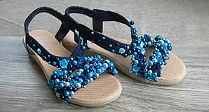 Obuv - FOR YOU blue roses obšívané topánky, sandále č. topánky 39, č.2014 - 9449310_