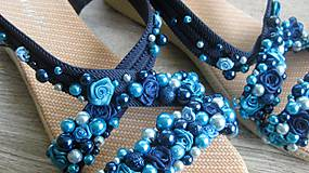 Obuv - FOR YOU blue roses obšívané topánky, sandále č. topánky 39, č.2014 - 9449314_