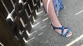 Obuv - FOR YOU blue roses obšívané topánky, sandále č. topánky 39, č.2014 - 9449322_
