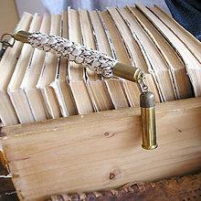 Kľúčenky - kľúčenka s nábojnicami zo šnúry - 9451474_