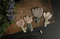Odznaky/Brošne - Brož Květina porcelánová, zlacená - 9454638_