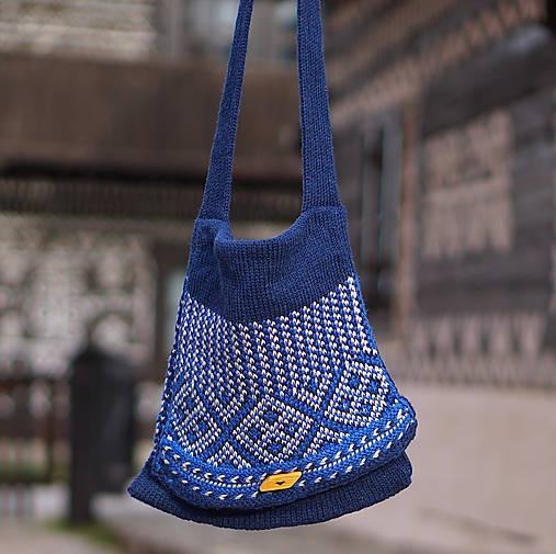 a01fd71c85 Kabelka pletená vlna (Modrá)   PEKNE - SAShE.sk - Handmade Kabelky